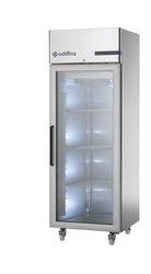 Frižider sa staklenim vratima